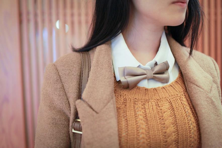 bow tie street style