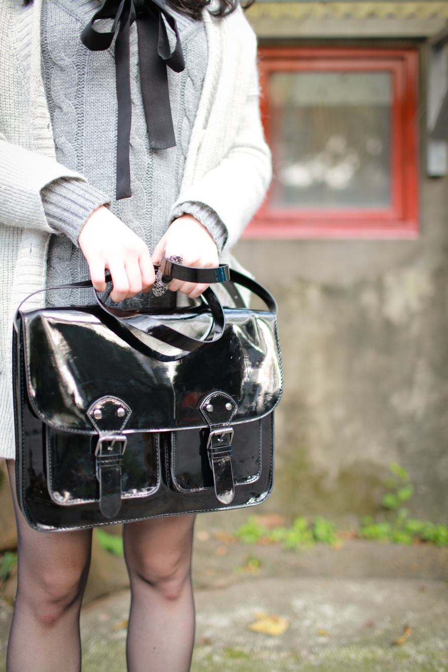 h&m black satchel