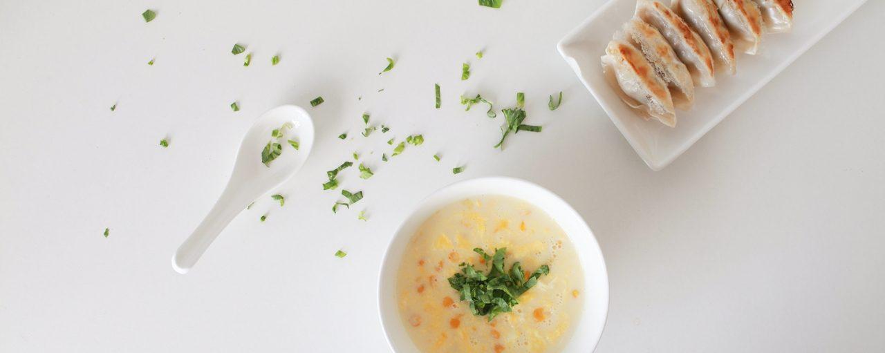 How to Pan Fry Potstickers 如何煎鍋貼 台式料理微食堂