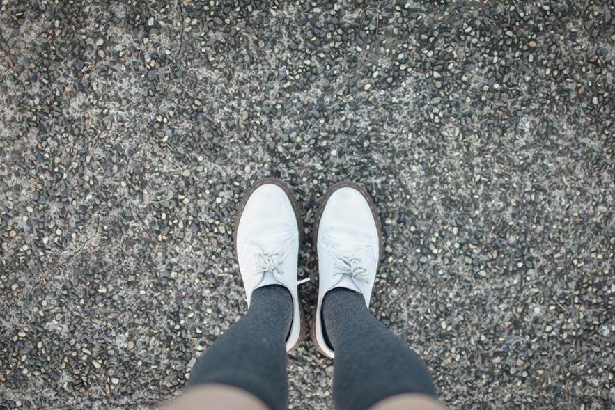 白色馬汀鞋