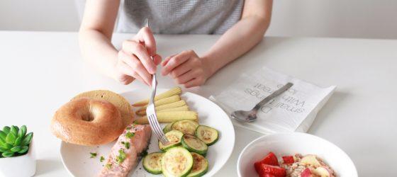 週末在家慢食brunch理由之二:檸檬嫩煮鮭魚 ft. 烤節瓜
