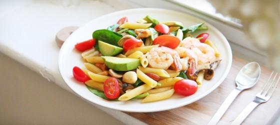 |餐桌風景|蝦仁酪梨溫沙拉麵食 Warm Pasta Salad with Shrimp & Avocado